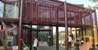 横浜動物園ズーラシアの巨大アスレチック