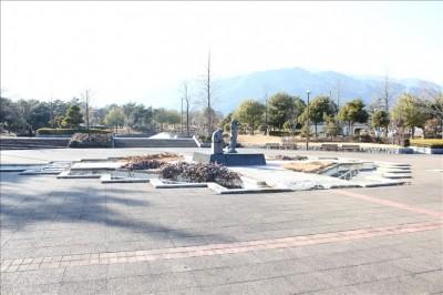 中央広場の景色(御勅使南公園)