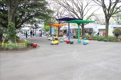 萩中公園のラクガキ広場
