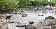 水遊び場の上流