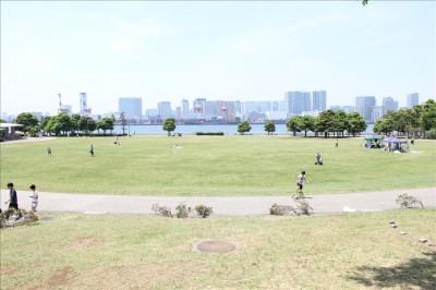 潮風公園太陽の広場