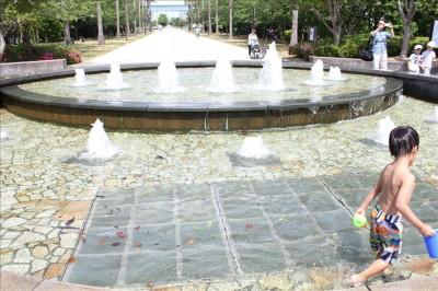 丸円系の噴水