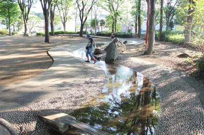 橘公園のせせらぎの広場