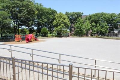 大谷田公園多目的広場