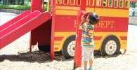 消防車遊具の管電話