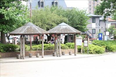 綾南公園土の広場のバーコラ