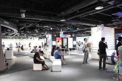 東芝未来科学館の展示ブース