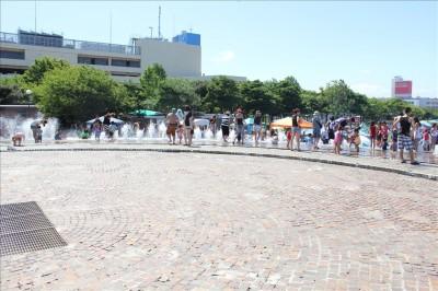 海風公園円形のじゃぶじゃぶ池