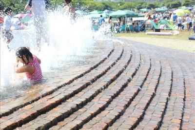 海風公園じゃぶじゃぶ池
