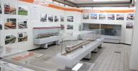 青梅鉄道公園屋内の電車博物館