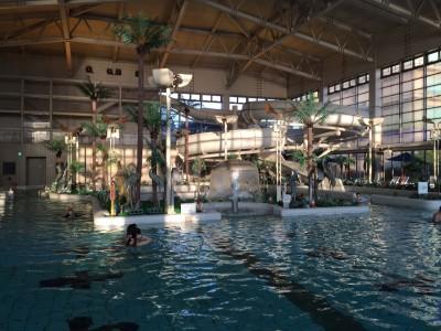 龍宮城スパホテル三日月 屋内プール