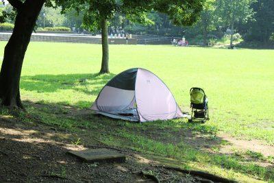 広場のテント