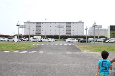川崎競馬場駐車場